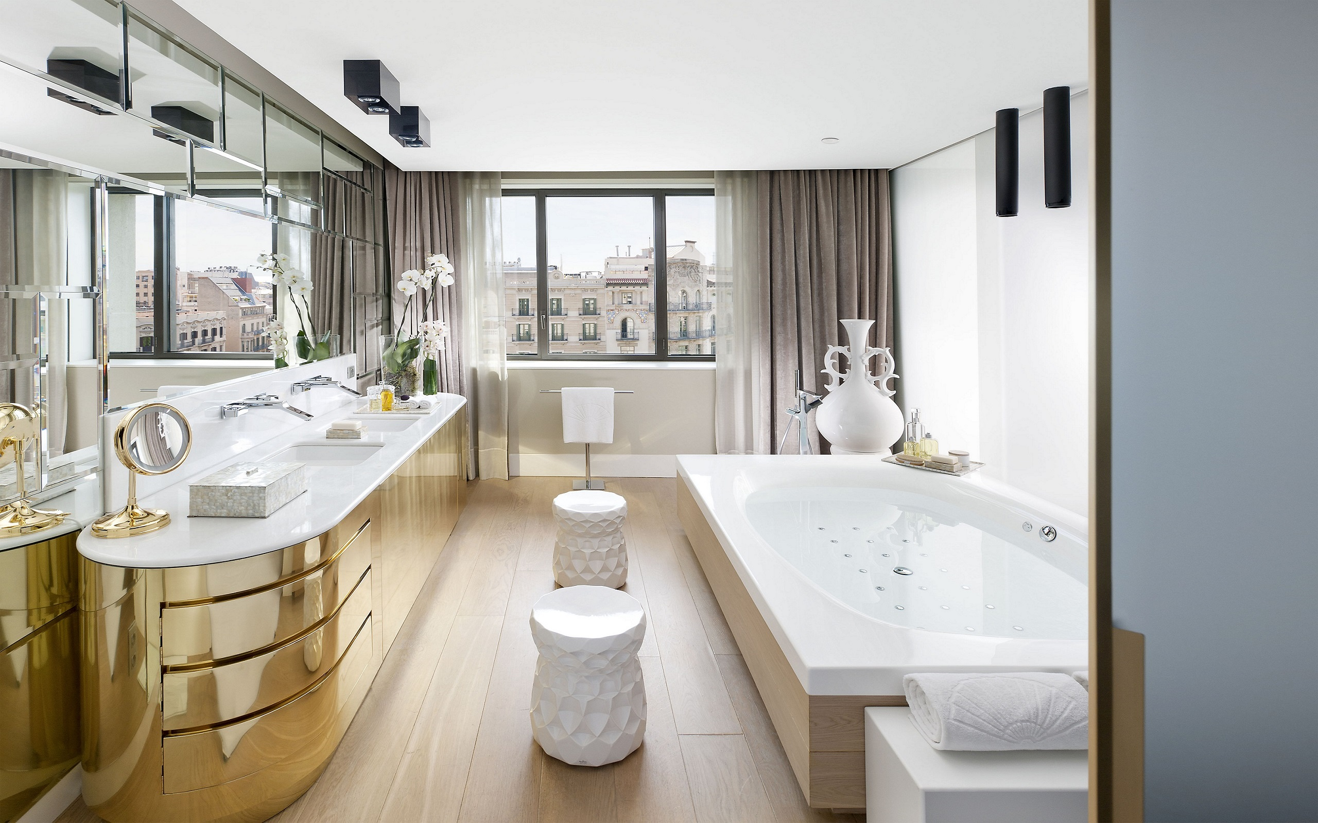 The Barcelona Suite in the Mandarin Oriental Hotel