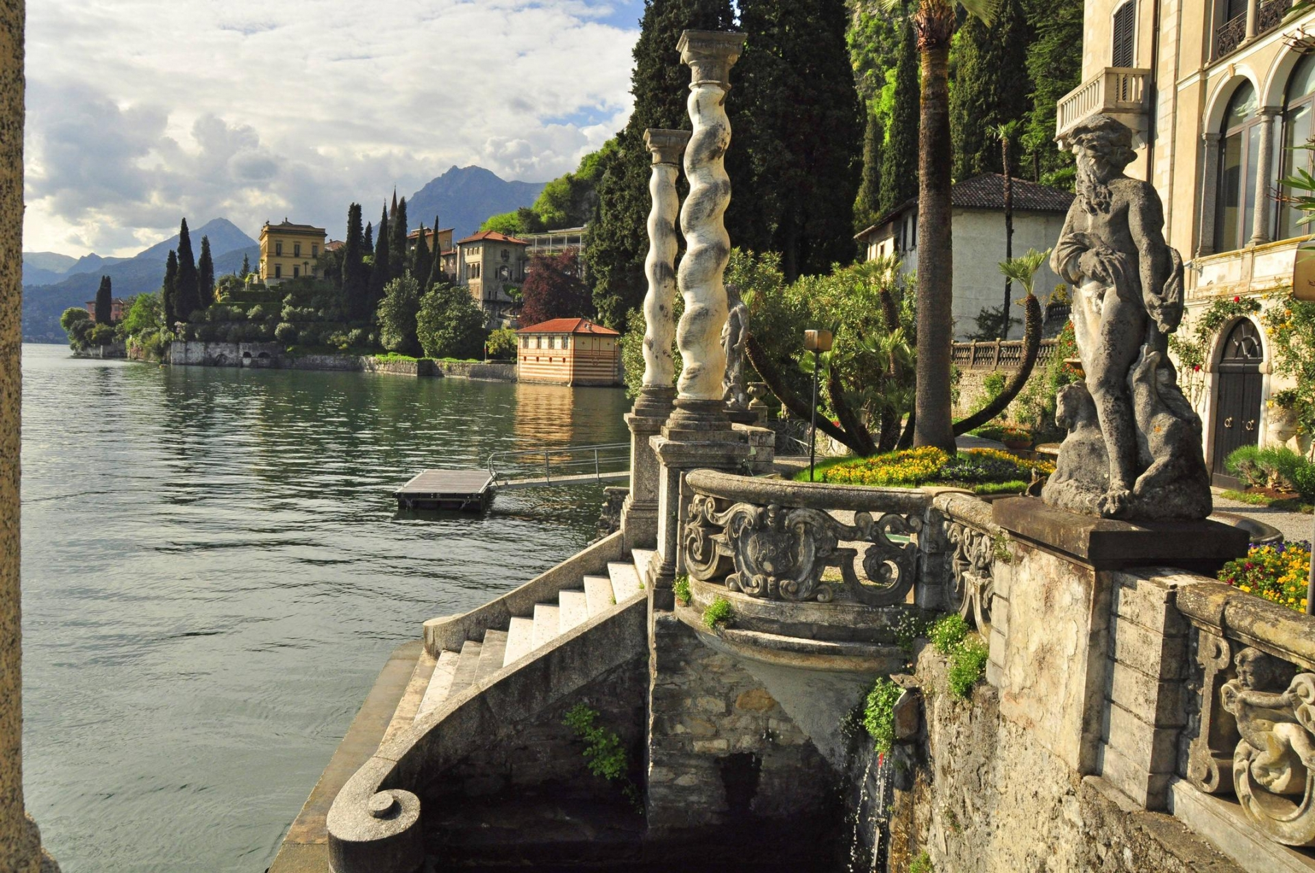 The charming, picturesque villages are enhanced by the stunning nature surrounding the lake.