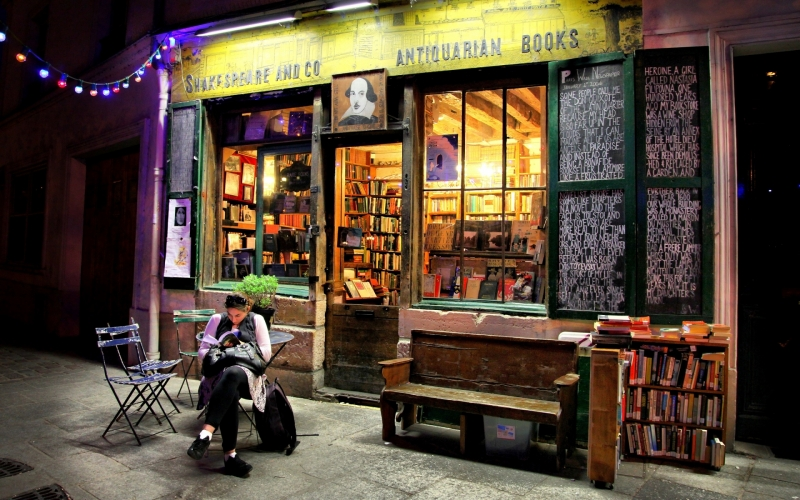 Welcome to Shakespeare and Company