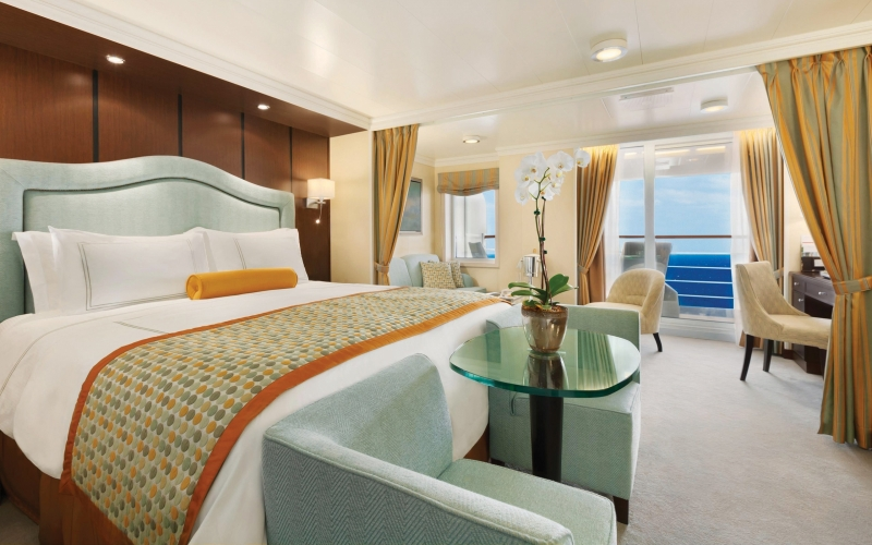 Passengers can choose from inside Staterooms, Veranda Staterooms, Suites or Penthouse