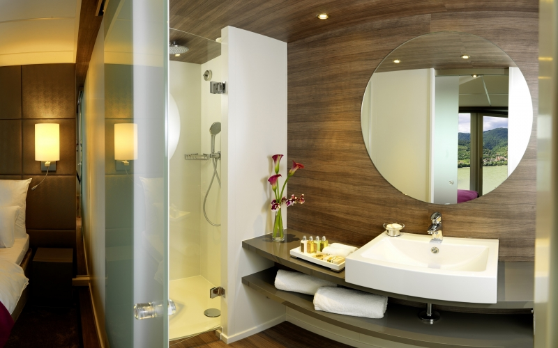 Amadeus Silver, Suite Bathroom