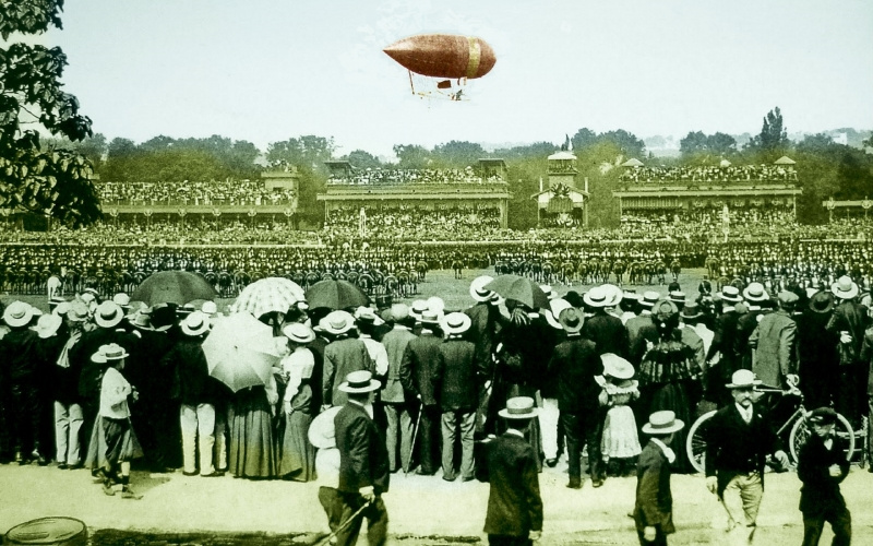 Alberto Santos-Dumont demonstrated his amazing airship design and flying ability