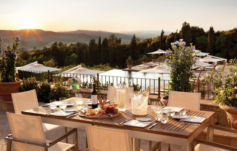 Castello di Casole, Alfresco Dining