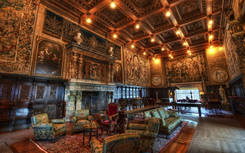 The Alluring Magnificence of Hearst Castle