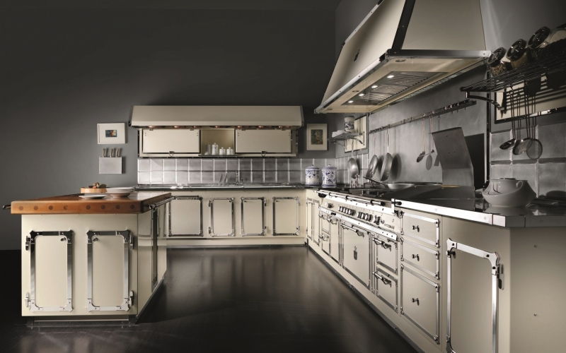 Officine Gullo, Traditional Handcrafted Kitchens From Italy